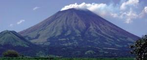 nicaragua_granada_volcan_mombacho